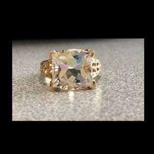 10K Gold Cubic Zirconia Ring